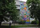 VIZUELNO UZNEMIRAVANJE! Mural protiv smiraja i prirode