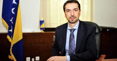 Mahmutbegović i Dunović: Čavara može razgovarati s kim želi, ali ne u ime entiteta